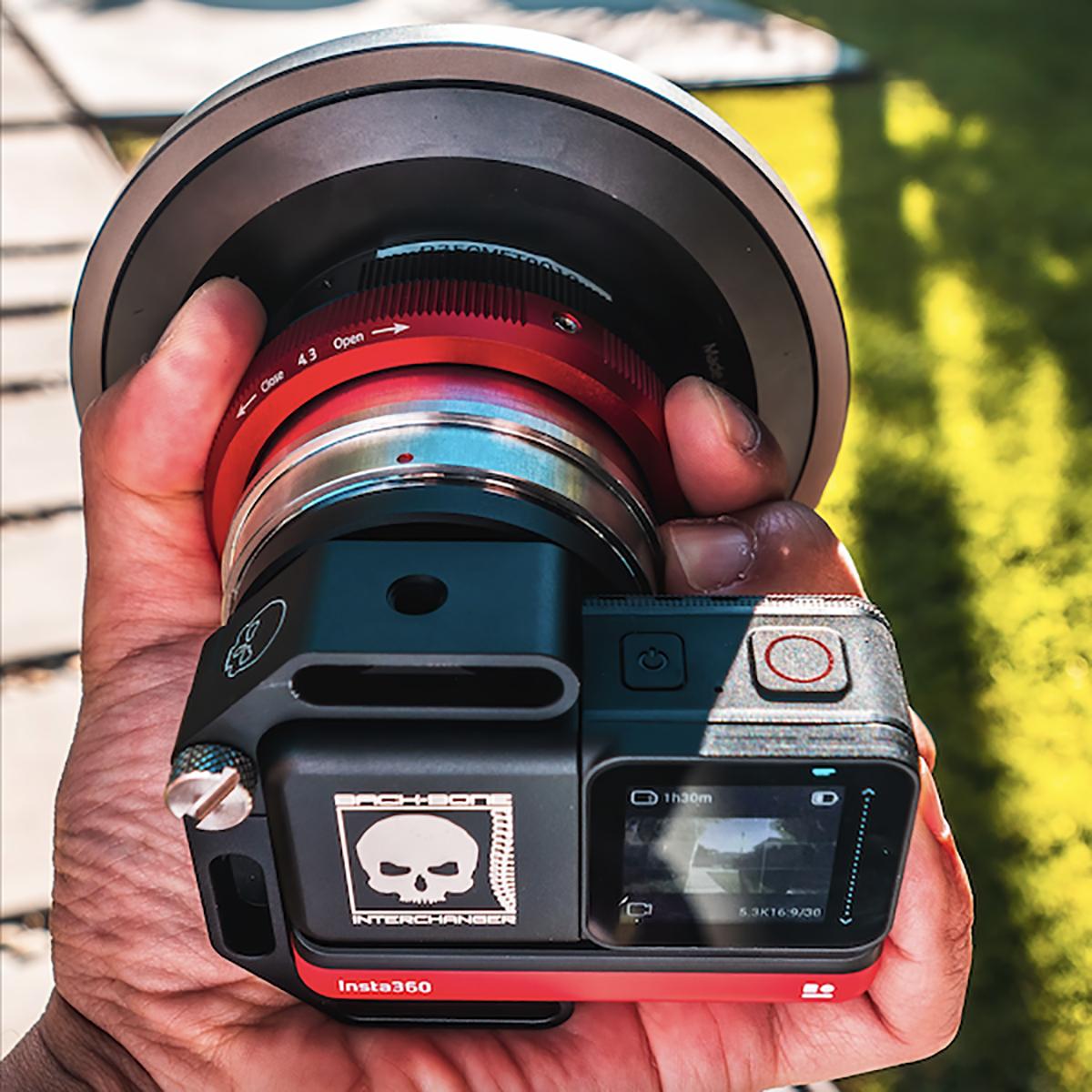 Entaniya HAL250 4.3mm with Back-Bone modified Insta 360R camera